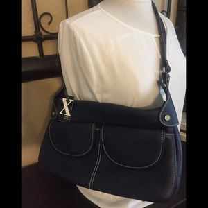 MAXX Leather Purse
